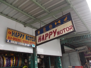 Happy Motor depan Jogjatronik...Happy Motor
