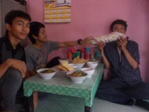 Selamat makan :mrgreen: ...