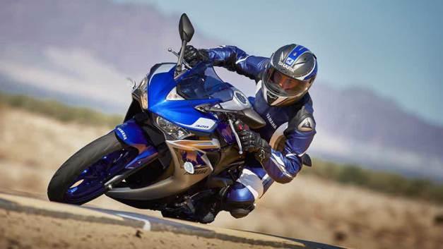 Yamaha R3 (1)