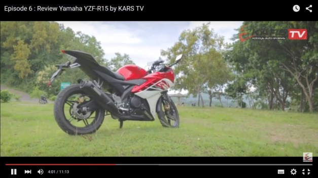Yamaha YZF-R15 video review