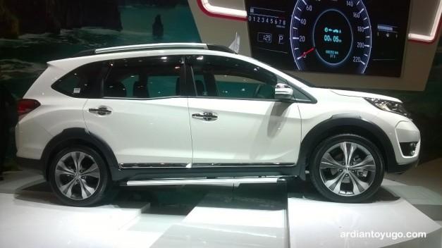 Honda BRV (2)