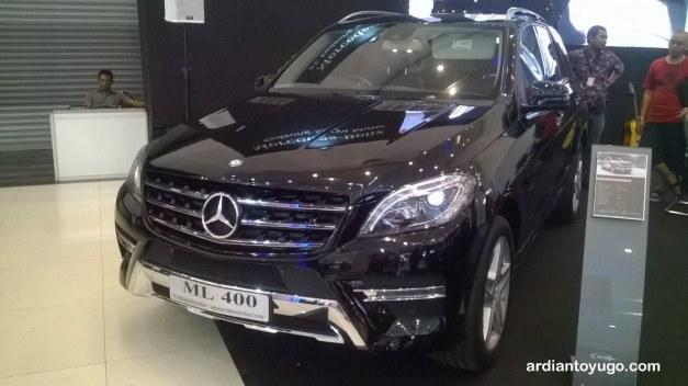 Mercedes Benz ML400
