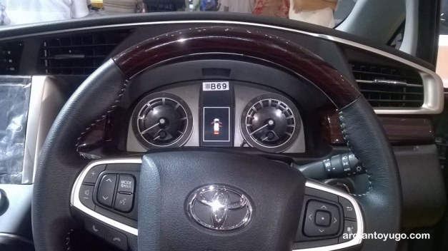 New Toyota Kijang Innova (3)