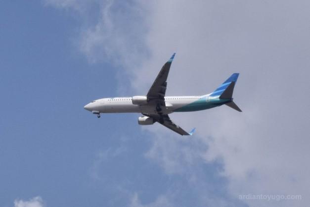 Boeing 737-8U3...